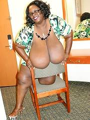 Extra large chocolate juggs drag on the floor as this lady bends over to get dicked!