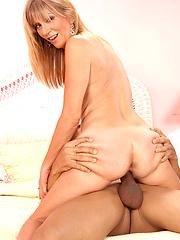 Mature gets anal penetration