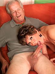 Mature woman between her husband and black fucker