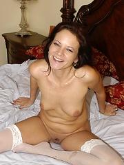 Horny mature slut stuffs herself full of cock!