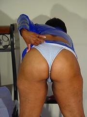 Black granny Topaz likes her older body