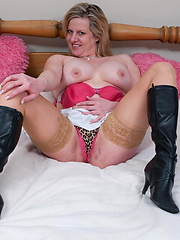 European mature in sexy stockings