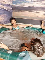 Sauna photo session of sexy mature sluts