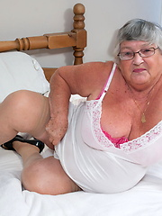 White granny in stockings masturbation