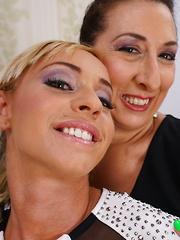 Hot babe seducing a naughty older lesbian
