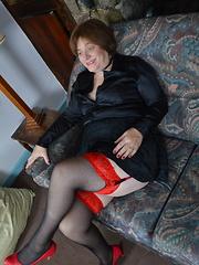 Naughty British Mature slut playing with herself