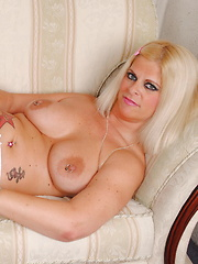 Hot blonde big breasted housewife giving a special show