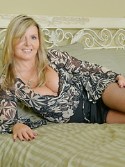 Hot and steamy British MILF getting naughty