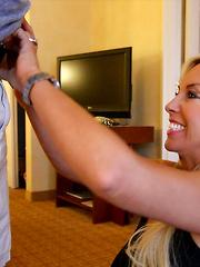 Wifey Blows A Stranger And Swallows Jizz