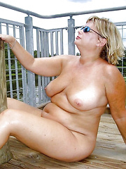 Country grannies love to expose their naked bodies