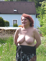 Mature country wives showing their tits and pussies