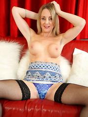 Hot British mom getting very naughty