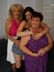 Three naughty housewives go full on lesbian